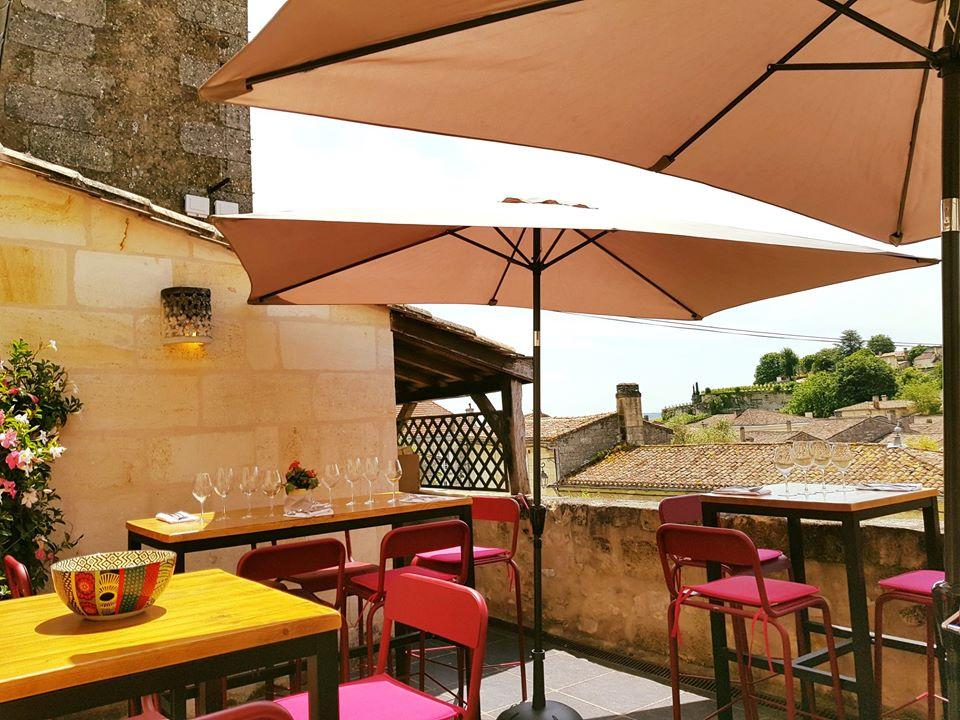Le Bis restaurant avec terrasse St Emiion